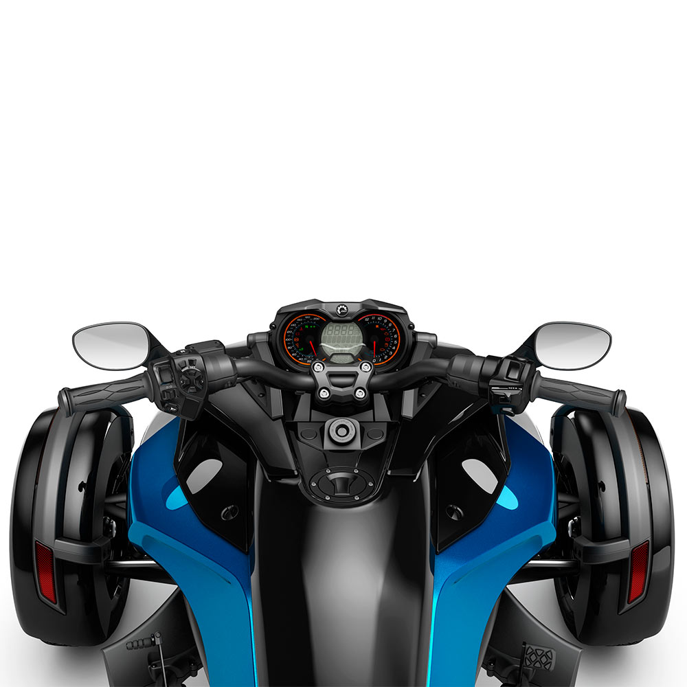 Spyder 2018 модельного года. Мотоцикл спайдер. Характеристики. Цена. Фото